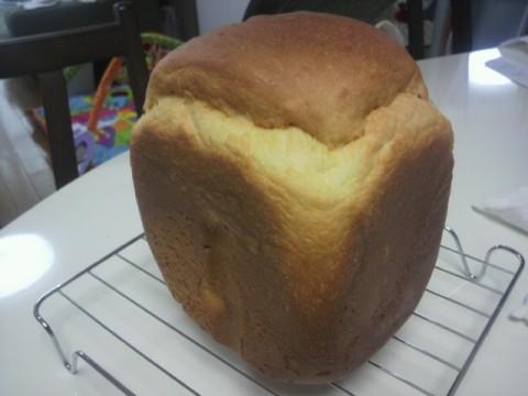 ミルク食パンだよん。